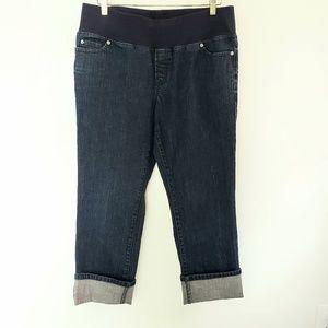 Ann Taylor LOFT Maternity Capri Jeans, EUC, size 8